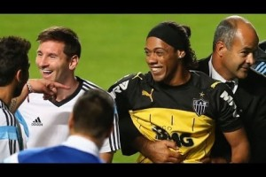 Lionel Messi Fooled By 'Ronaldinho'